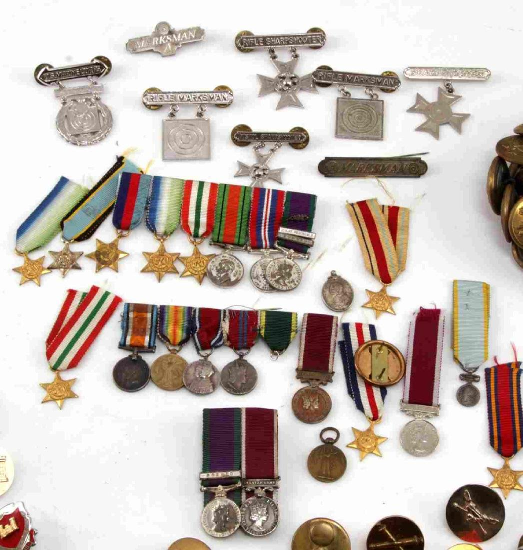 MILITARY LOT OF MISC COLLAR DUI PINS & MINI MEDALS - 6