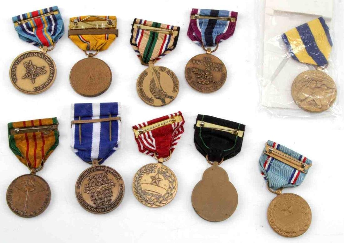 LOT OF MILITARY RIBBONS WWII VIETNAM TO PRESENT - 4