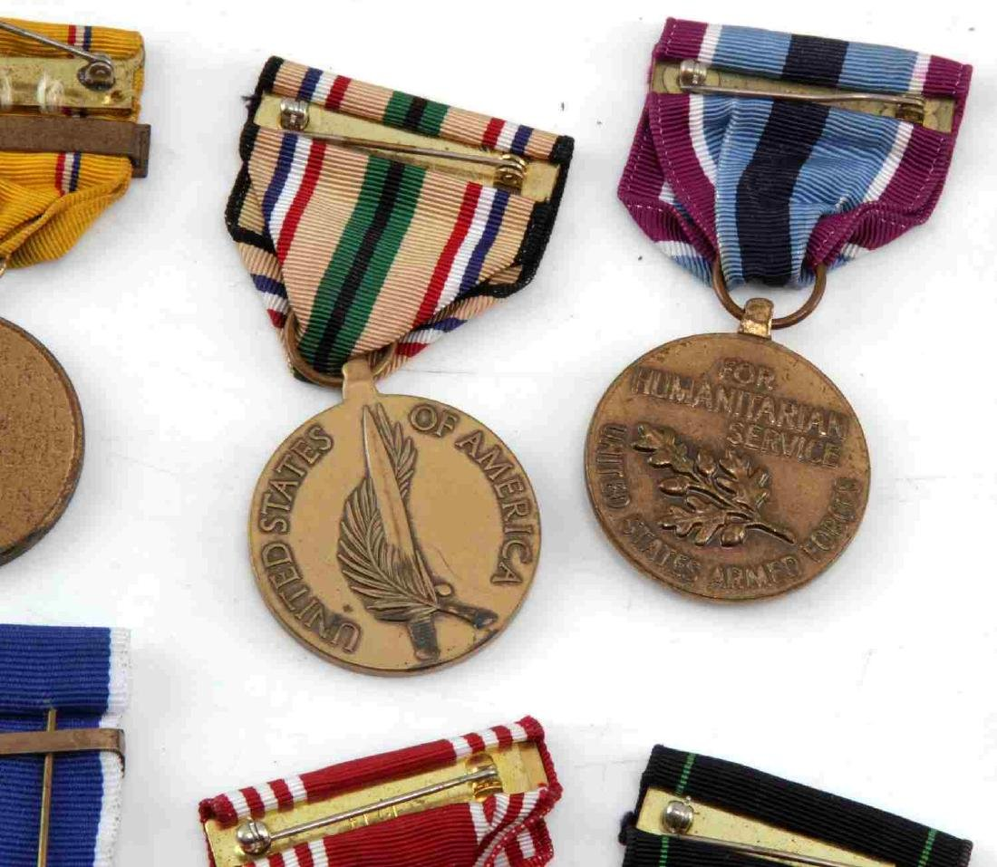LOT OF MILITARY RIBBONS WWII VIETNAM TO PRESENT - 5