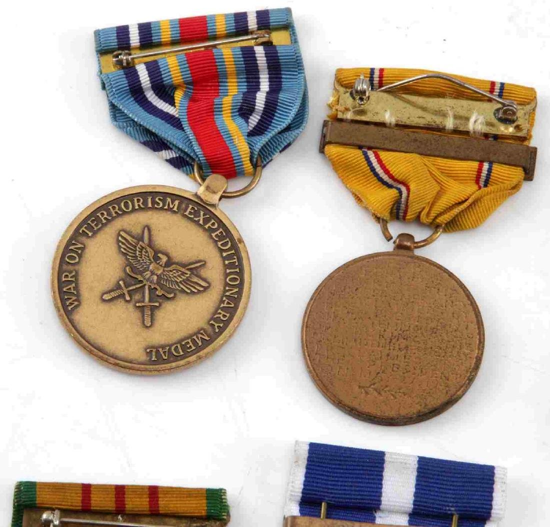 LOT OF MILITARY RIBBONS WWII VIETNAM TO PRESENT - 7