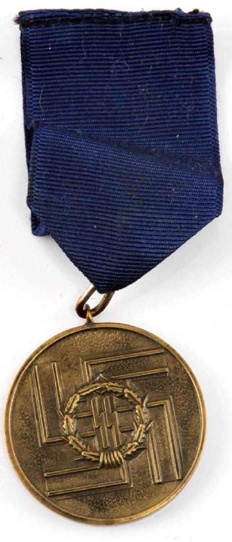 WWII GERMAN THIRD REICH SS 8 YEAR MEDAL W BOX - 2