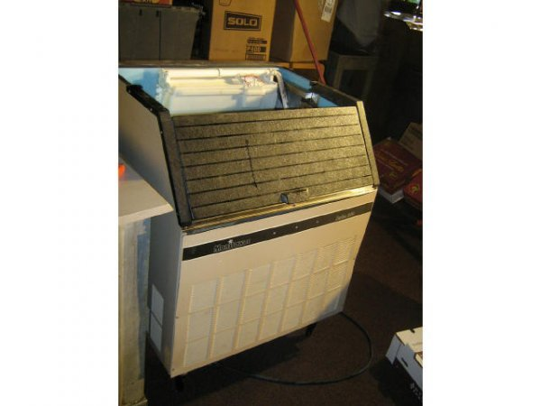 MANITOWAC ICE MAKER SERIES 250 COMMERCIAL