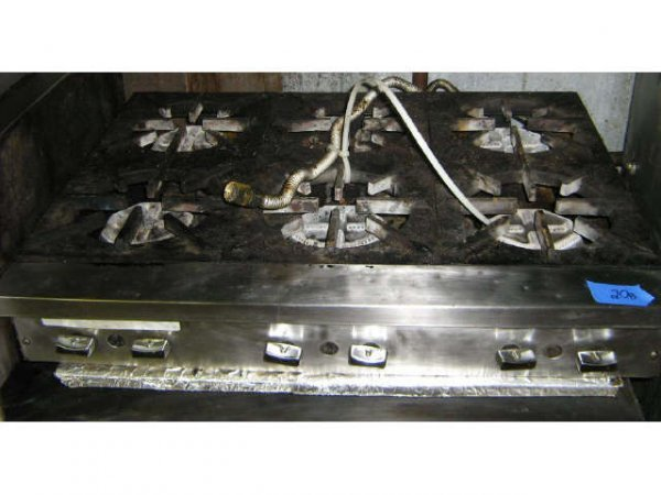 WOLF 6 BURNER COMMERCIAL NATURAL GAS STOVE RANGE