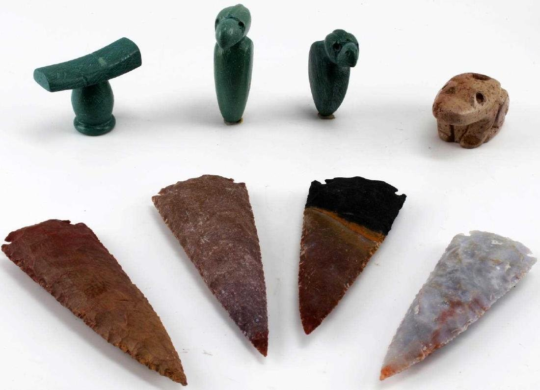 LOT HOMAGE ARROWHEADS AND CARVED PIPES