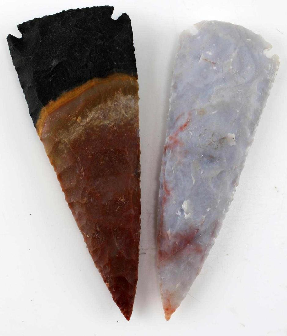 LOT HOMAGE ARROWHEADS AND CARVED PIPES - 9