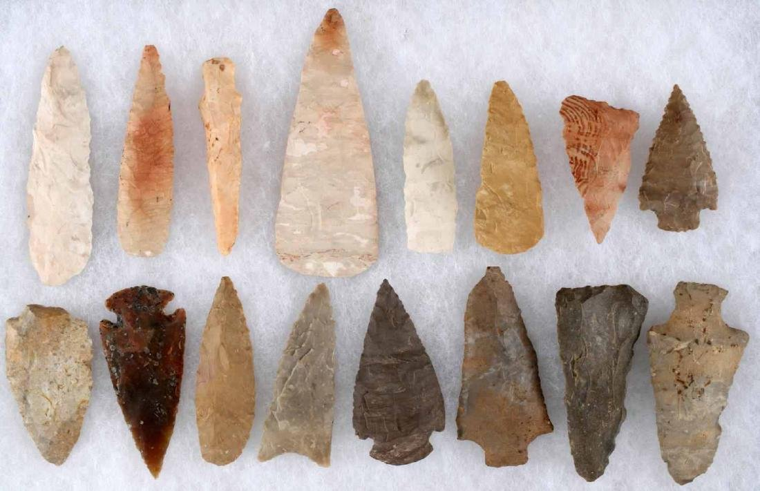 LOT OF 16 ARROWHEAD POINTS SOME STEMMED 2-3 INCH
