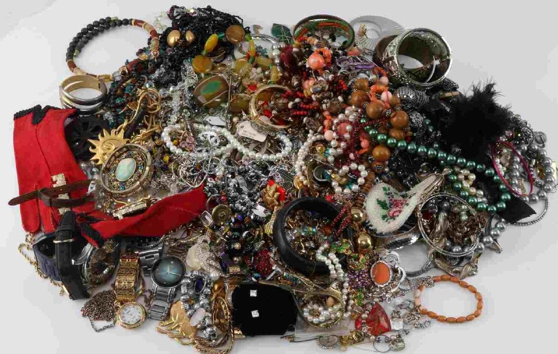 12.4 POUNDS OF LARGELY UNSEARCHED COSTUME JEWELRY