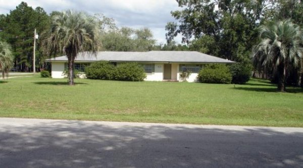 ABSOLUTE REAL ESTATE AUCTION PERRY FL 3/2 ON 2 ACRES