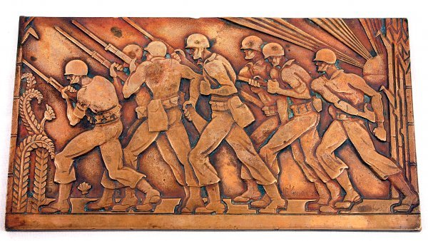 WWII SOLDIERS DECO CHARGE BRONZE PLAQUE SIGNED