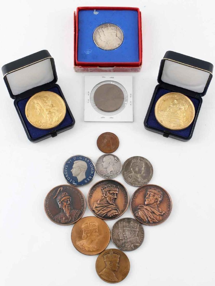 LOT OF 14 BRITISH COMMEMORATIVE MEDALS & COINS
