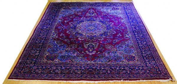 ANTIQUE PERSIAN RUG ORIENTAL DESIGN