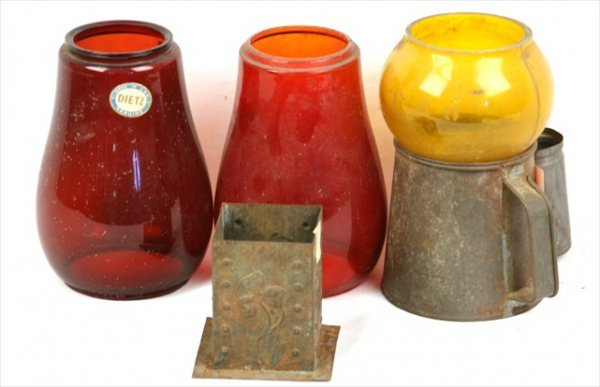 ANTIQUE TIN CANDLEHOLDER RED GLASS RR LANTERN GLOBES