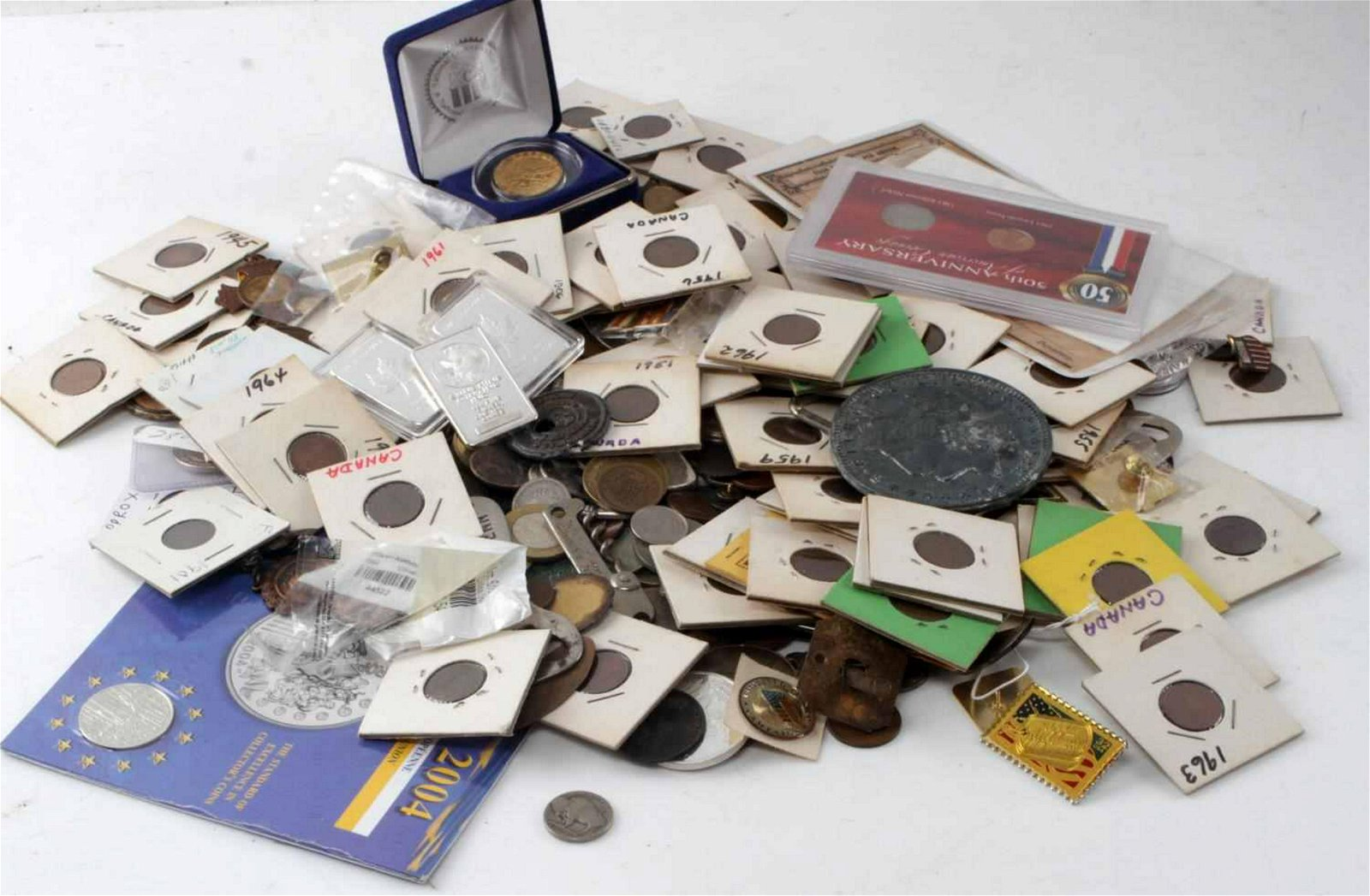 OVER 6 POUNDS OF WORLD COINS TOKENS NUMISMATICA