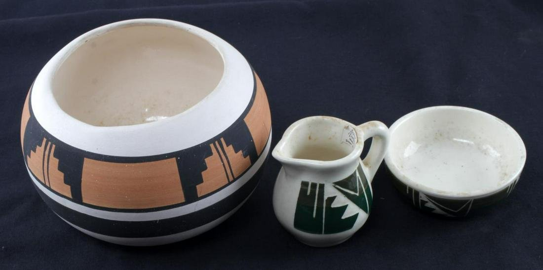 3 SIOUX POTTERY NATIVE AMERICAN ART BOWLS CREAMER