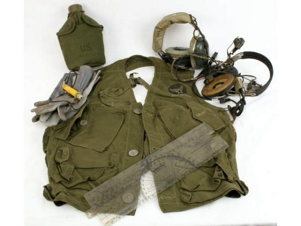 ARMY AIR FORCE 1950'S SURVIVAL VEST CRUSHER STYLE
