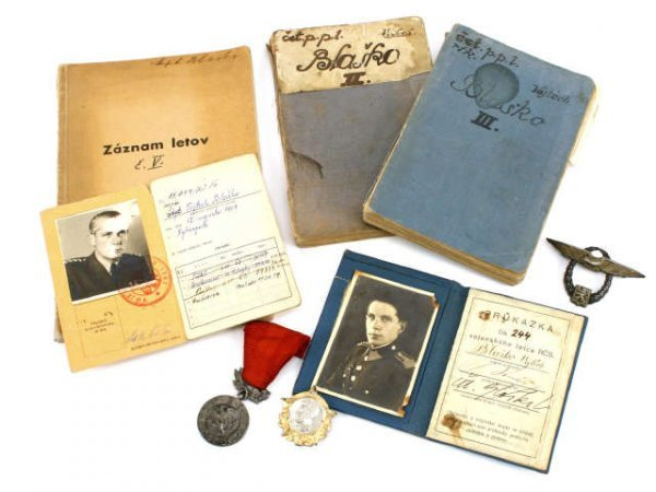 WWII USSR RUSSIAN COMMUNISM OFFICER ARCHIVE MEDALS