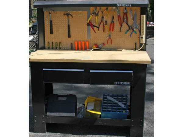 CRAFTSMAN TOOL BENCH & MISCELLANEOUS TOOLS