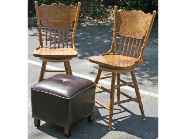 2 SWIVEL TOP BAR STOOLS WITH FAUX LEATHER OTTOMAN