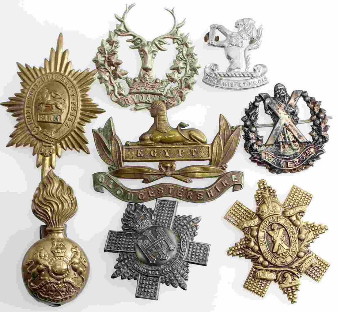 WWI WWII BRITISH COMMONWEALTH CAP BADGE LOT OF 8