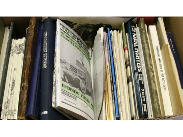 MILITARY RELATED PAMPHLETS & BOOKS
