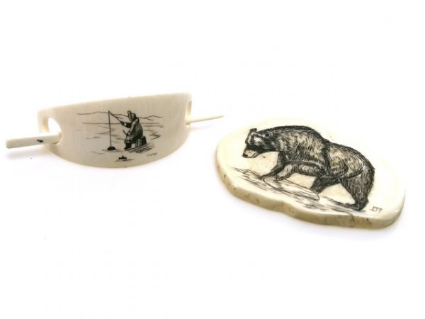 SCRIMSHAW HAIR PIECE BEAR CARVING