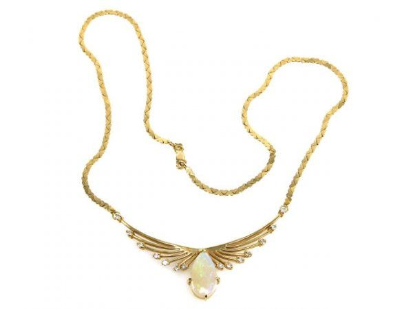 LADIES OPAL AND DIAMOND NECKLACE