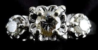 14K WHITE GOLD & DIAMOND WOMENS ENGAGEMENT RING