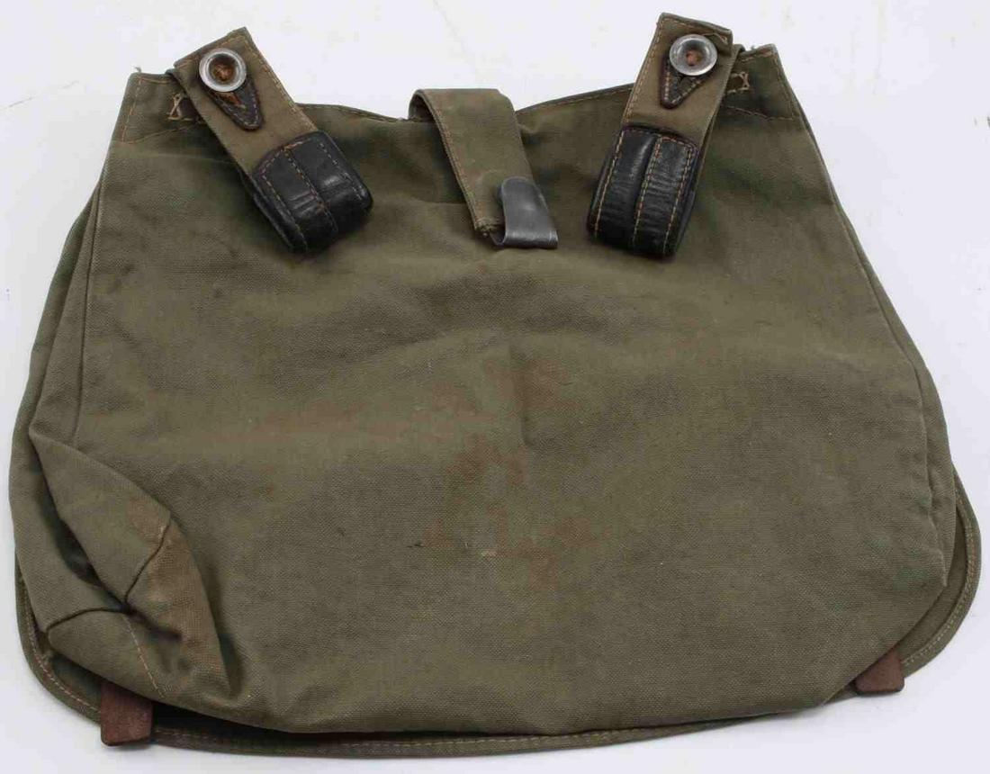 GERMAN WWII ARMY COMBAT FIELD BREAD BAG