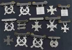 LOT OF 14 USMC RIFLE & PISTOL QUALIFICATION BADGES