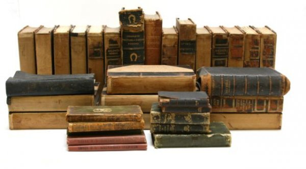 ANTIQUE BOOKS SPORTING ANECTDOTES 1825 & PRIMER