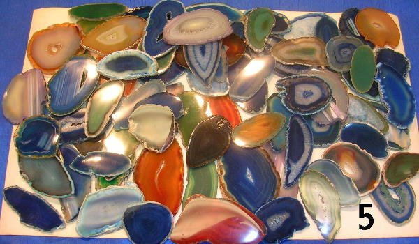 605: ANTIQUE AGATE SLICES SEVERAL COLORS & SHAPES