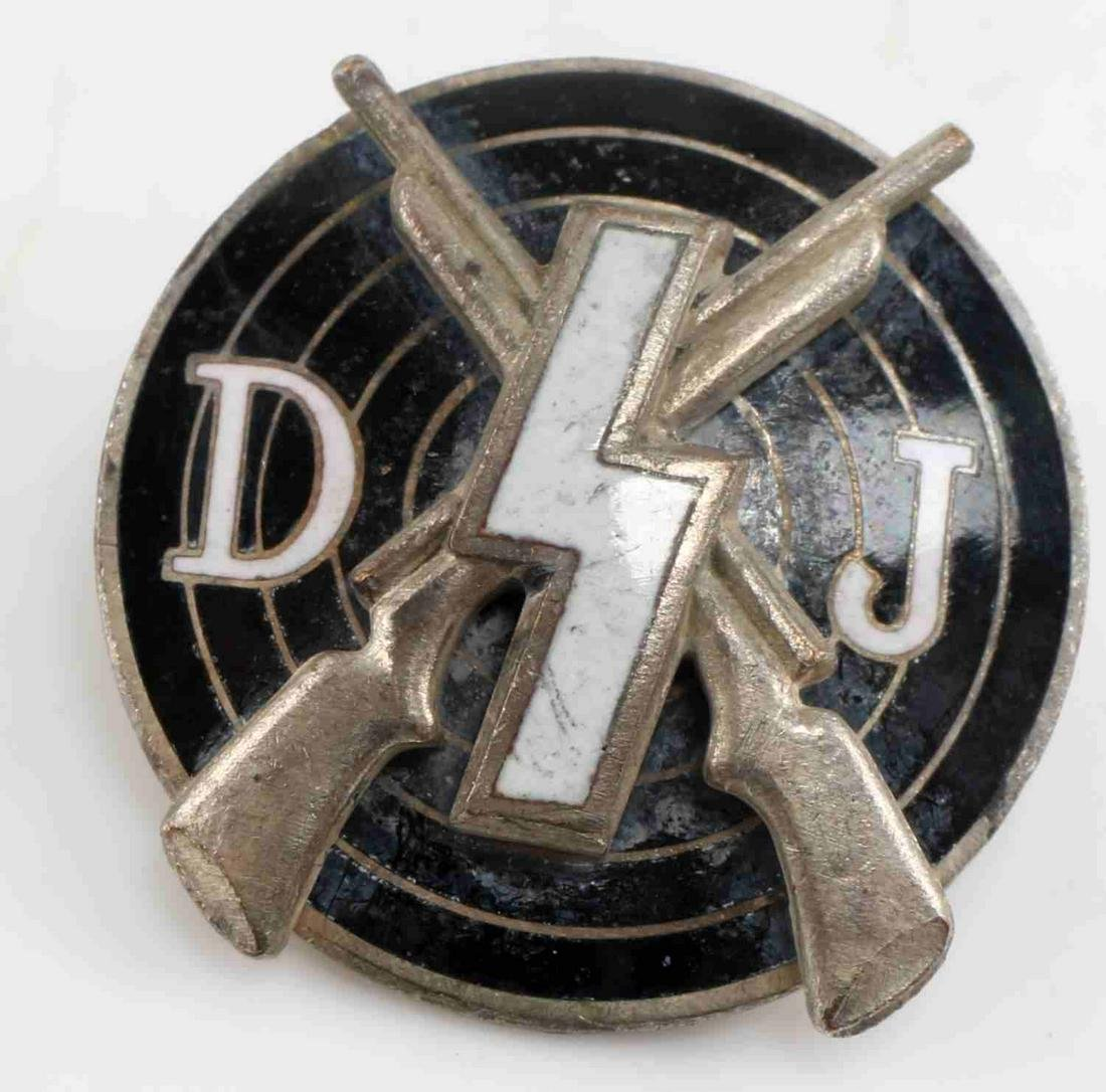 WWII THIRD REICH GERMAN YOUTH SHOOTING BADGE