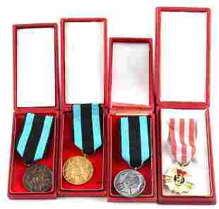 LOT OF 4 CASED POLISH MEDALS MERIT ON THE FIELD
