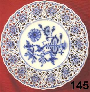 MEISSEN PLATE LOT OF 7 BLUE & WHITE W PIERCED RI