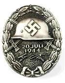 GERMAN WWII 1944 SILVER ADOLF HITLER WOUND BADGE