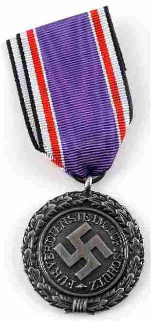 WWII GERMAN 2ND CLASS LUFTSCHUTZ RLB MEDAL