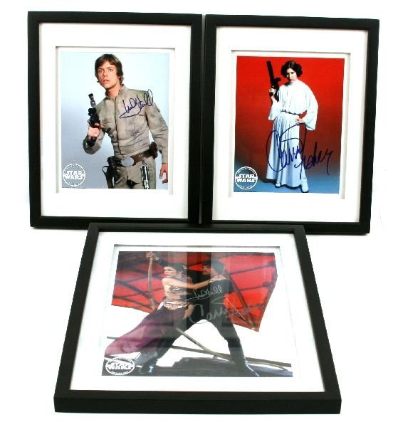 STAR WARS AUTOGRAPHED CARRIE FISHER MARK HAMILL