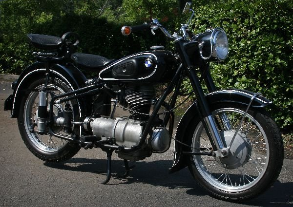 1954 BMW R25/3 MOTORCYCLE PROFESSIONALLY RESTORED