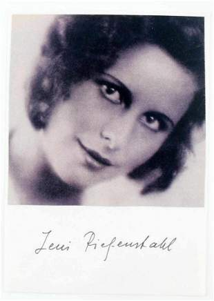 WWII GERMAN AUTOGRAPHED LENI RIEFENSTAHL PHOTO