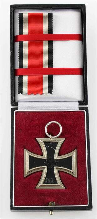 WWII GERMAN CASED 2ND CLASS IRON CROSS REPLICA