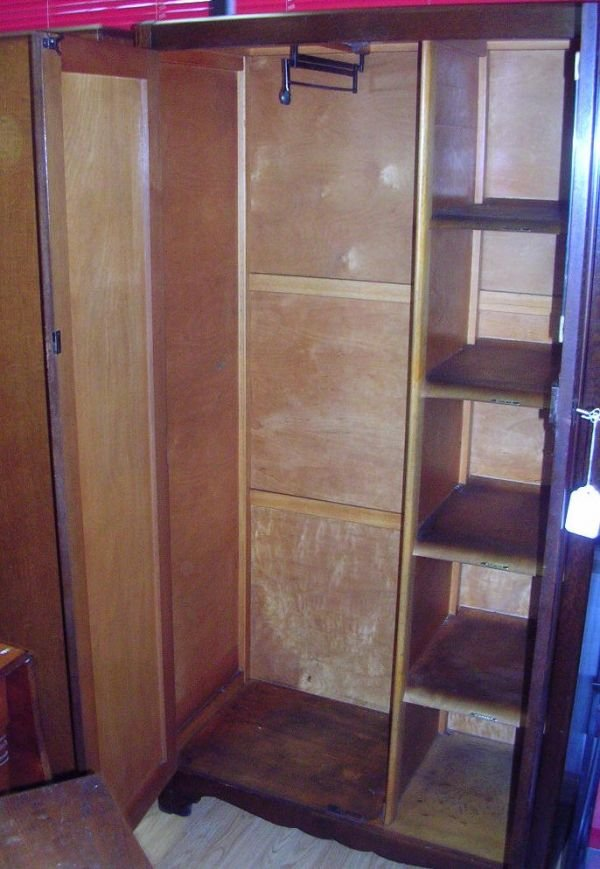 80151: ANTIQUE LEBUS LM FURNITURE WARDROBE WALNU - 2