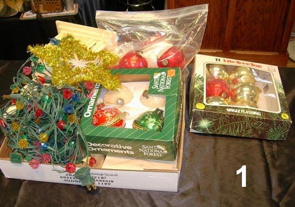 801: VINTAGE CHRISTMAS DECORATION LOT SANTA LIGHTS ETC