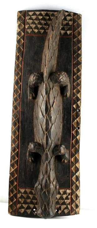HAND CARVED WOODEN ALLIGATOR WALL HANGING
