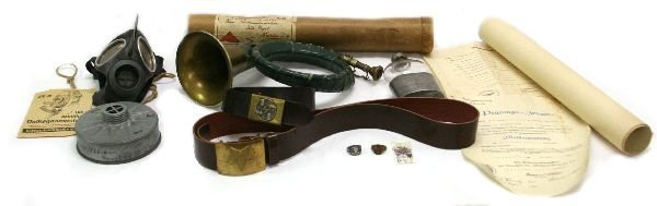 MIXED LOT OF ITEMS OF THIRD REICH INTEREST