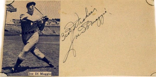 JOE DIMAGGIO AUTOGRAPHED WITH PHOTO