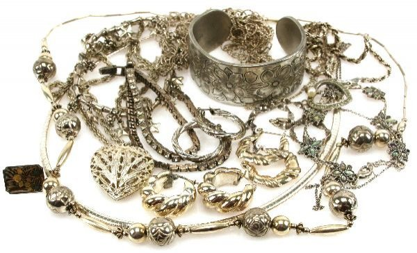 LARGE STERLING SILVER JEWELRY LOT