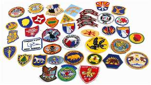 LOT OF 40 VIETNAM ERA US MILITARY ARMY PATCH LOT
