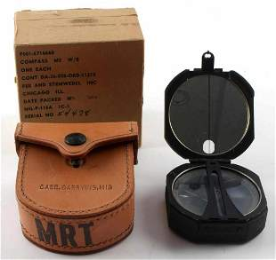 WWII US MILITARY ARMY M2 COMPASS W CARRY CASE