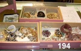 90194: VINTAGE COSTUME JEWLERY LOT IN BOX DRAWER CHEST