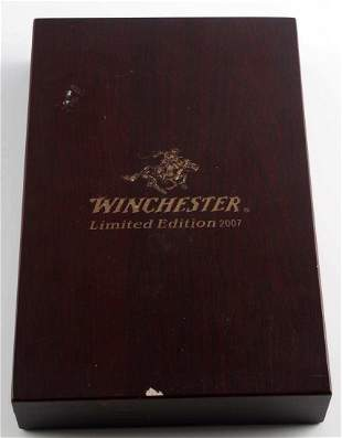 2007 WINCHESTER LIMITED EDITION 3 KNIFE SET IN BOX